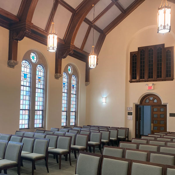 beautiful Chicago chapels for small weddings